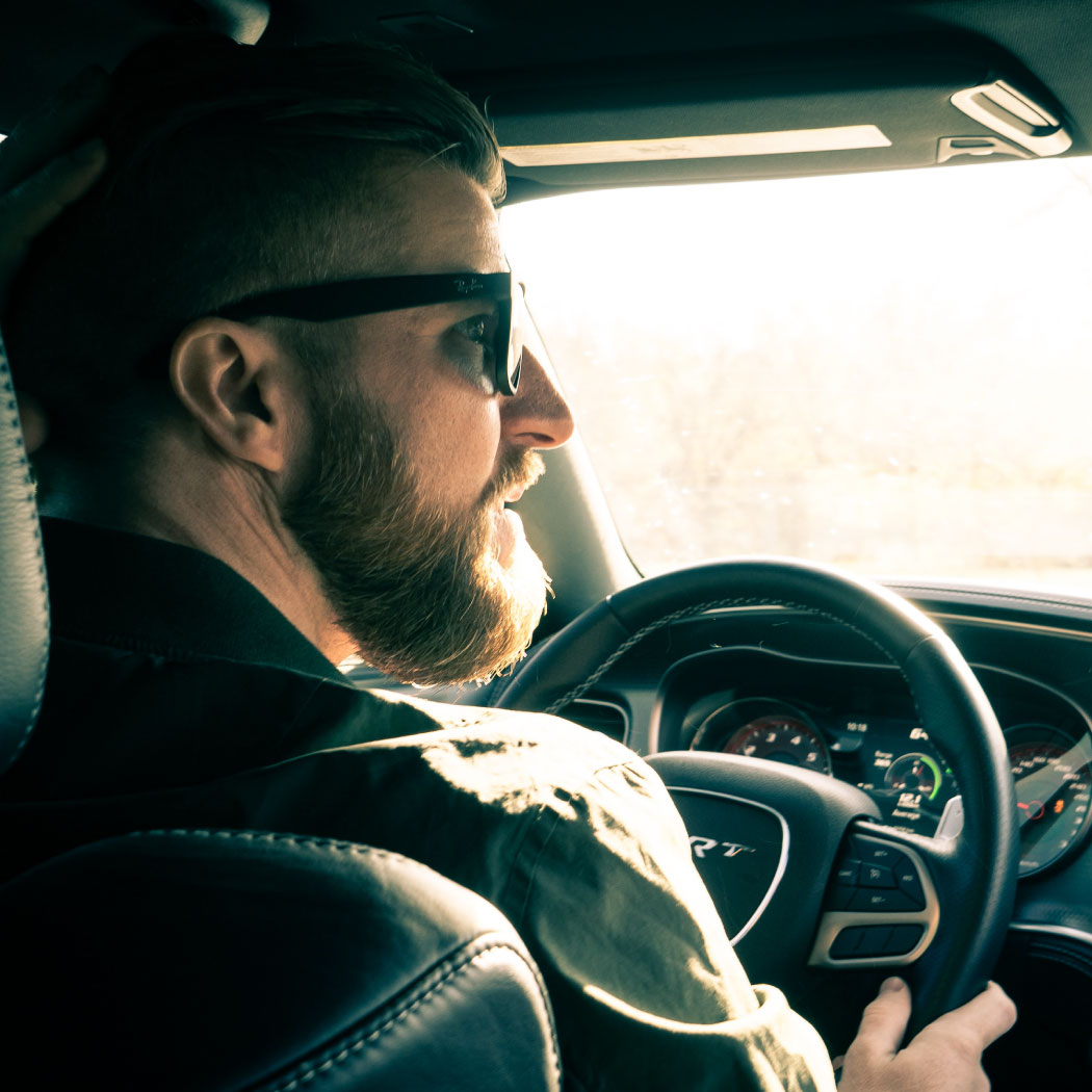 moški za volanom, wiz blog,