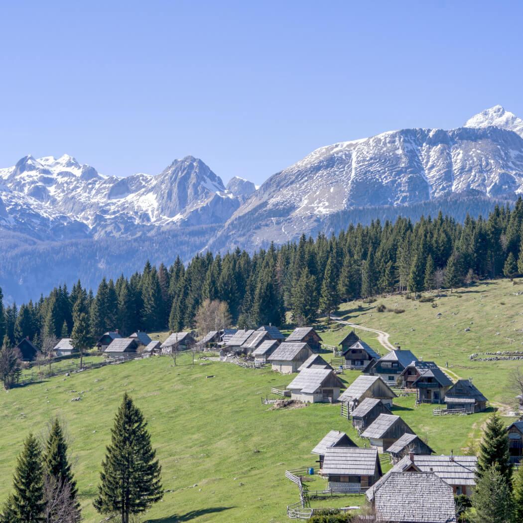 velika planina in pastirske koče